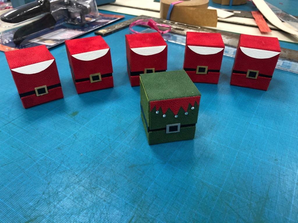 ATELIER CHRISTMAS BOX (7).jpg