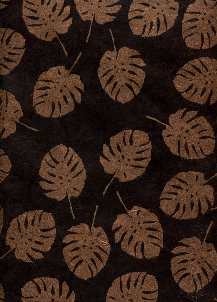 bananier cuivre fond noir.jpg