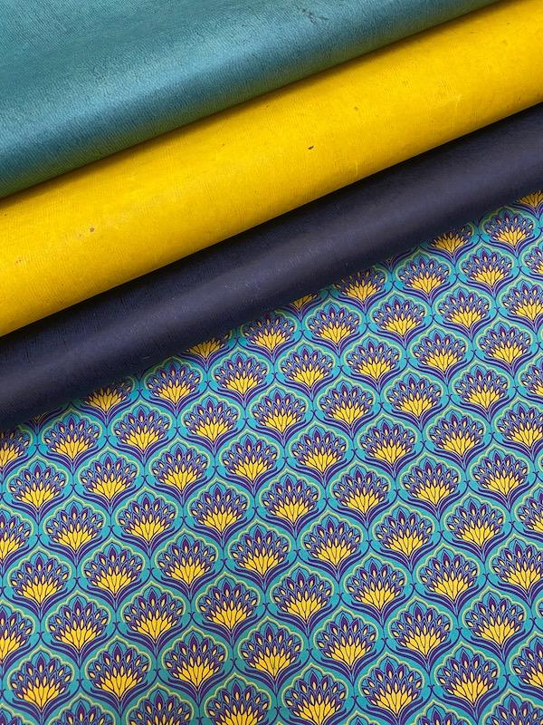 bengali bleu et jaune assortiment