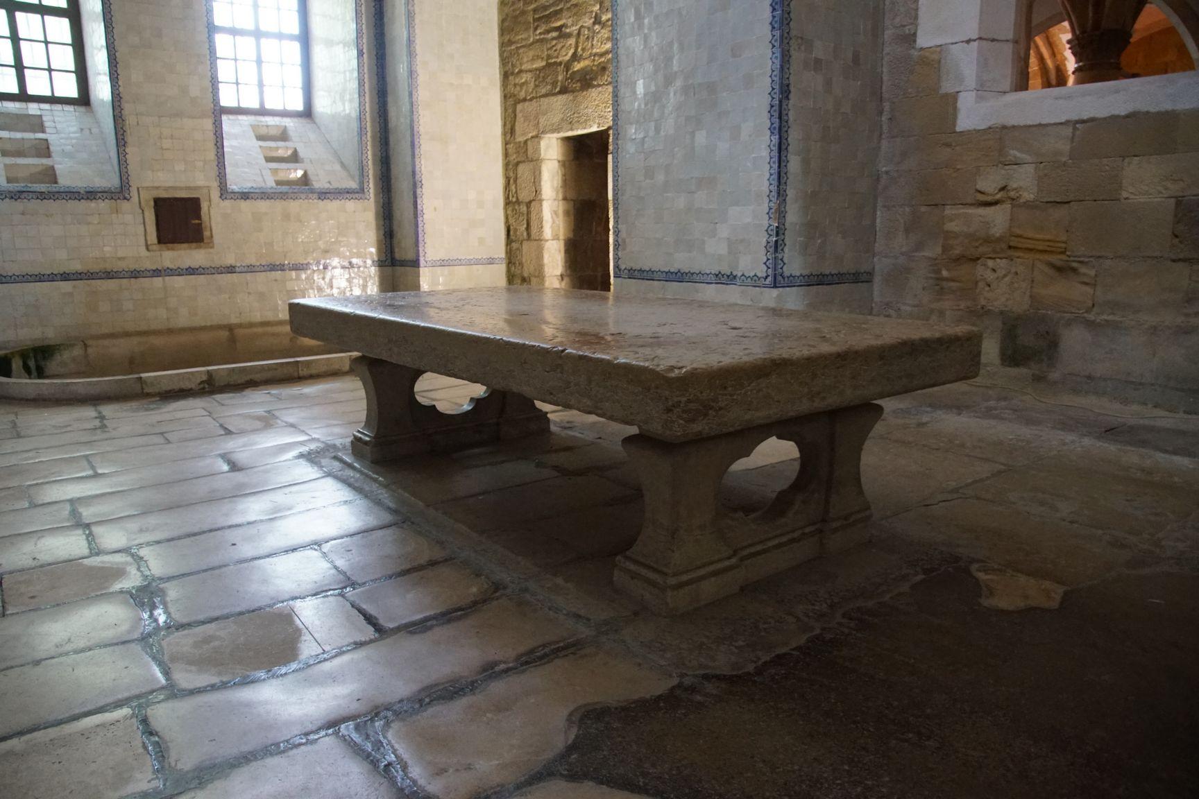 Une table facile à déplacer