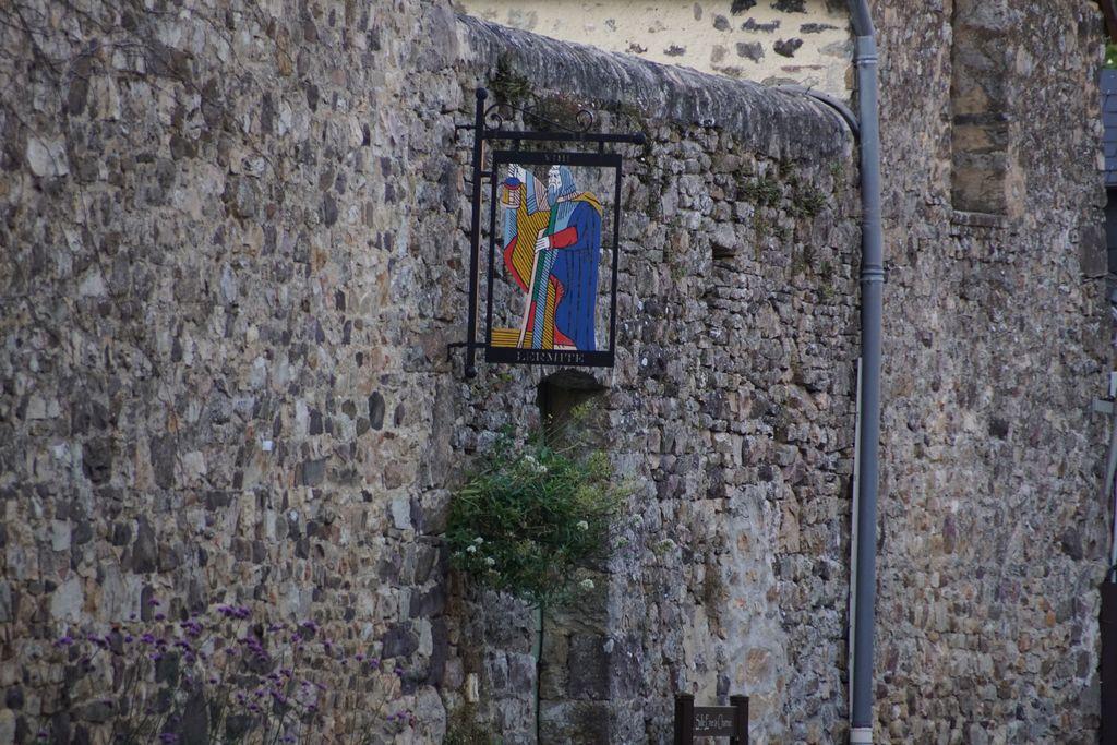 Sainte suzanne (6)