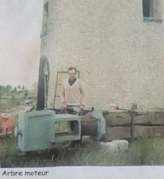 1982 : Un nouvel abre moteur est débité dans un superbe Orme.