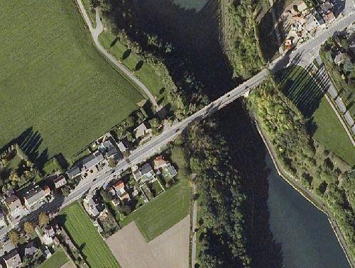 Abri et pont de Vroenhoven