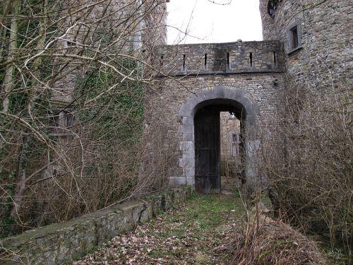 Seraing-le-Château