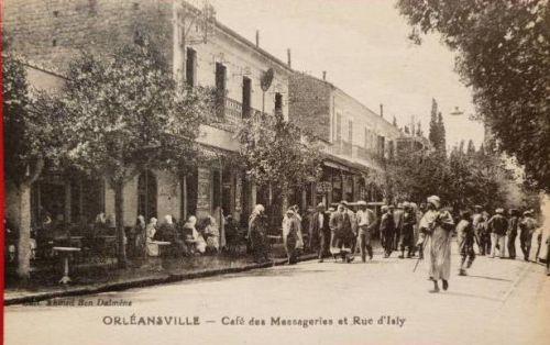 rue des martyrs et café des messageries