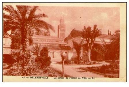 L'ex- mairie et la mosquée