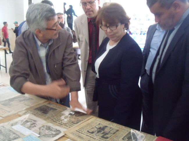 Journée internationale de la liberté d'expression du 02 au 03/2016.Exposition organisée à l'université Hassiba Benbouali  au sein du departement sciences humaines et sociales de Ouled Fares -Chlef