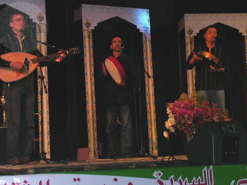 el-anwar de oued sly sur scene a constantine