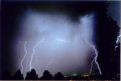 orages très  électrique sur le littoral Cannois et l'estérel (06)
