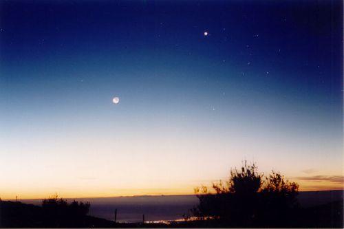 n°9a  Lune / Vénus