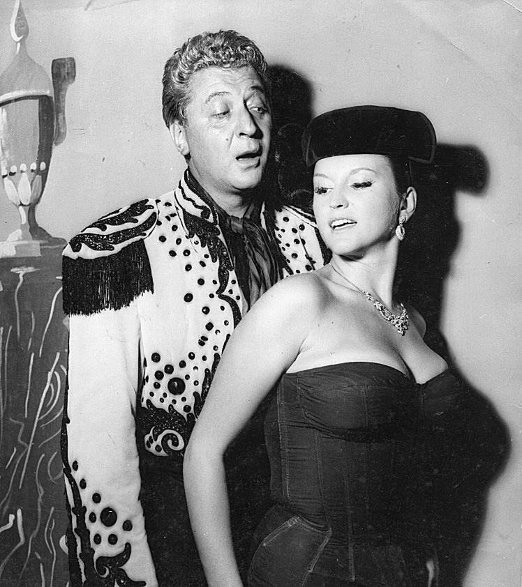 Monique et Roger Nicolas Bobino - 1958.jpg