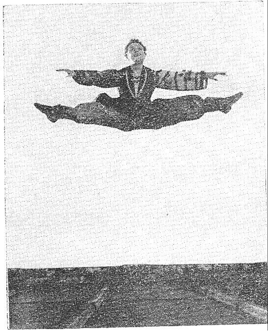 Beau-ff  Alain danseur à l'opéra.jpg