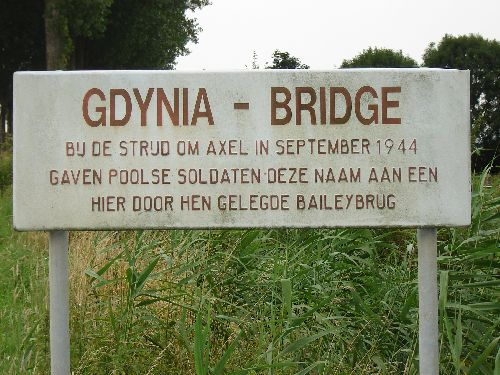 Plaque de commémoration du pont
