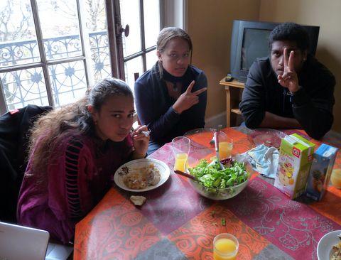 Cynthia, Christiane et Abel.