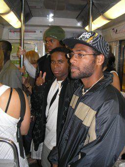 Premier métro pour Julien, Opajo et Hubert