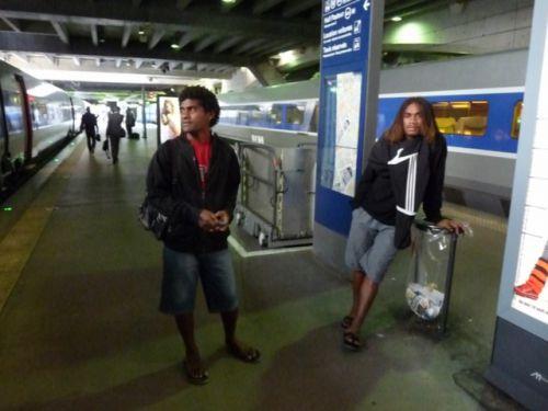 Lionel et Paum à Montparnasse.