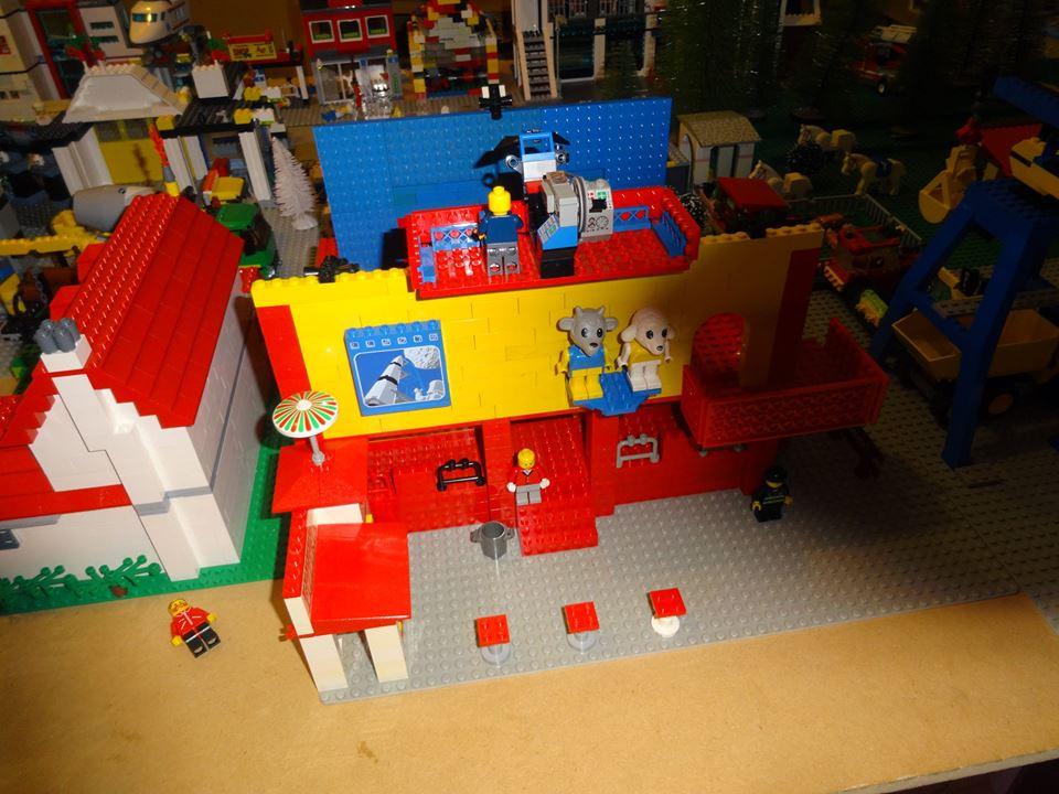 dan lego table.jpg