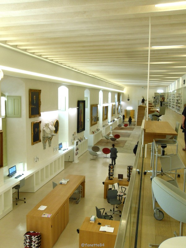 bibliothéque Carpentras 21.JPG