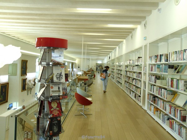bibliothéque Carpentras 22.JPG