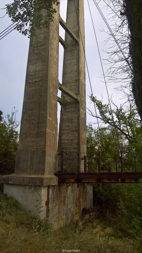 pont des arméniers 15.jpg