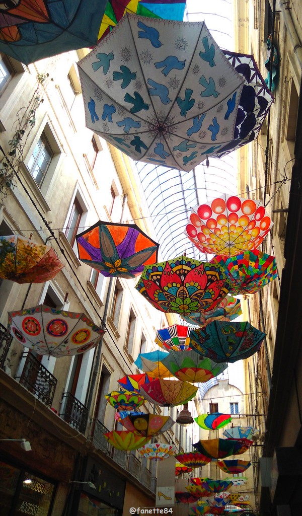 2019-6-6_carpentras_parapluies (14).jpg
