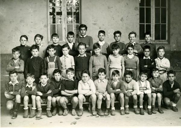2 SORGUES 1949.jpg