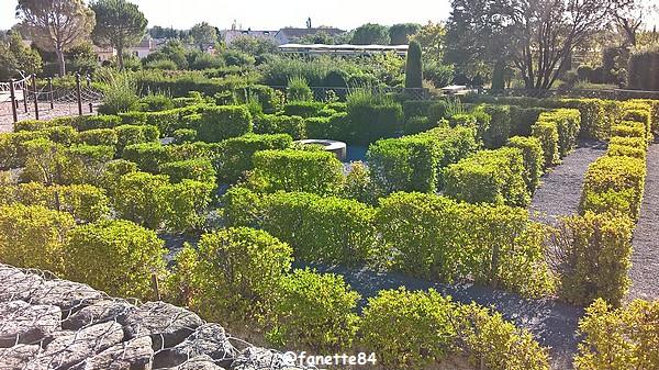 caumont_jardin_romain (1).jpg