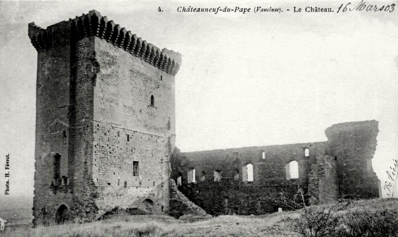 CPchateauneuf-du-pape_chateau_ruines.jpg