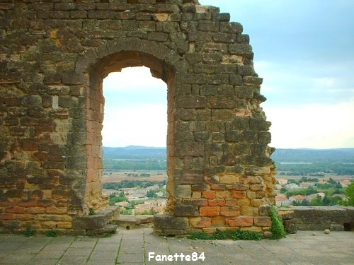chateauneuf-du-pape_chateau_ruines (9).JPG