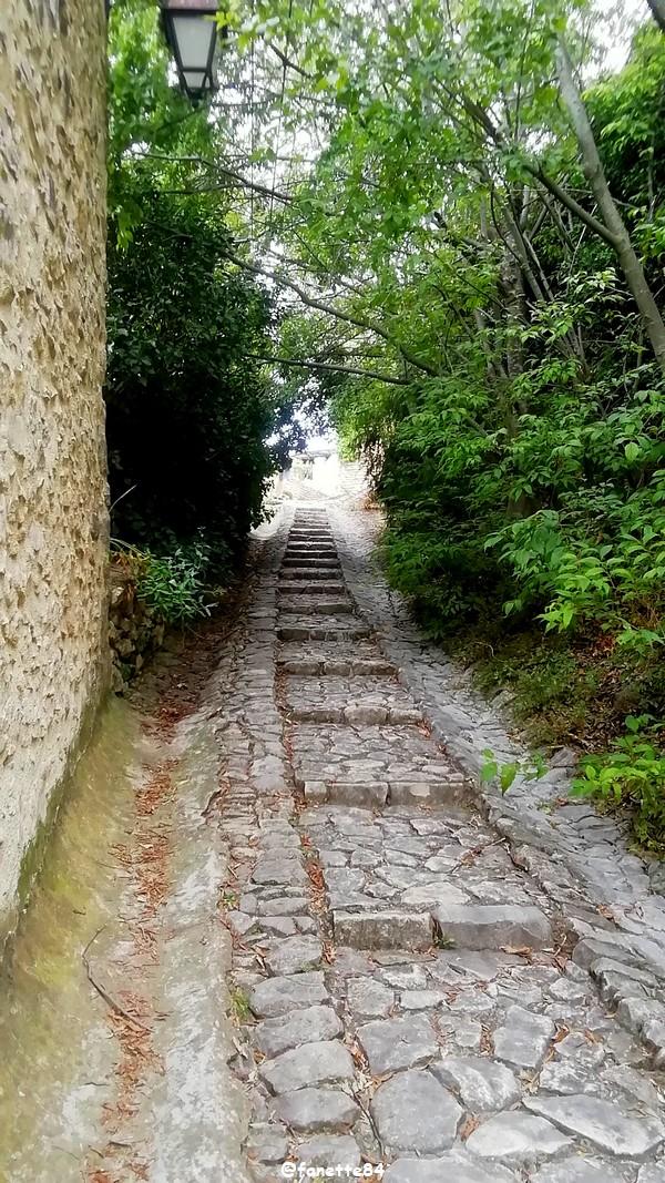 joucas rue calade (115).jpg