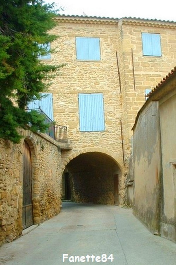 chateauneuf_du_pape (19)bis.JPG