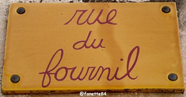 Plaque saint-pierre_vassols (2).JPG