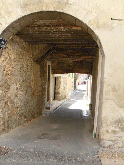 Impasse rue baguette à Mondragon