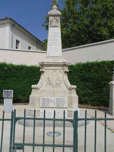 Monument aux Morts à Piolenc