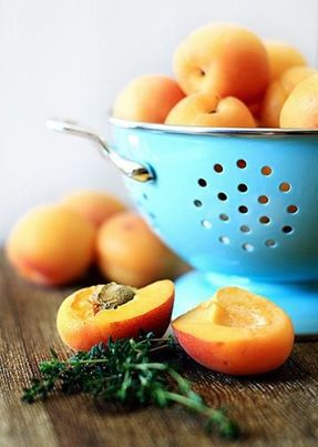Abricots de Provence.