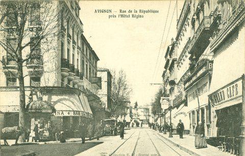 Rue de la République à Avignon