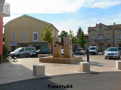 Fontaine à Entraigues sur La Sorgue