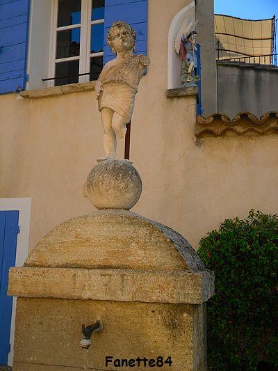 Fontaine d el'Ange (1885) à Caromb
