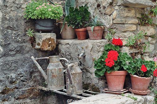 Lavoir fontaines à Brantes