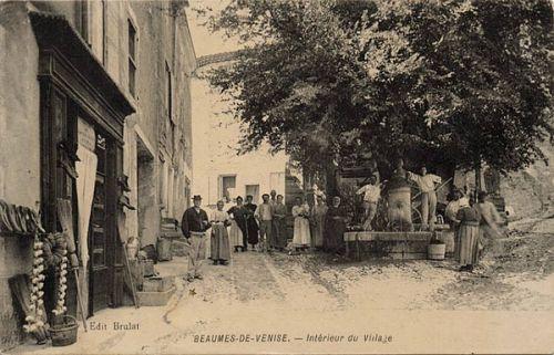Beaumes de Venise. Village