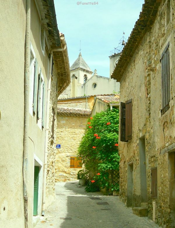 Ruelle de Saint Romain en Viennois