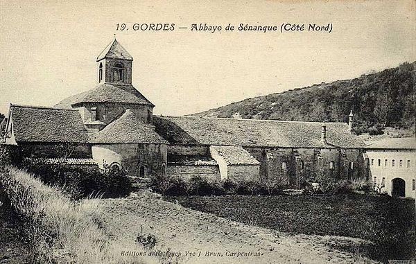 Gordes. Abbaye de Sénanque