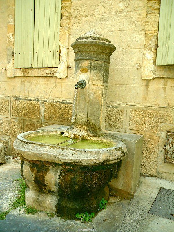 Fontaine à Gigondas