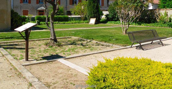 Petit parc à Sarrians