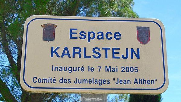 Plaque de l'espace Karlstejn à Althen les Paluds