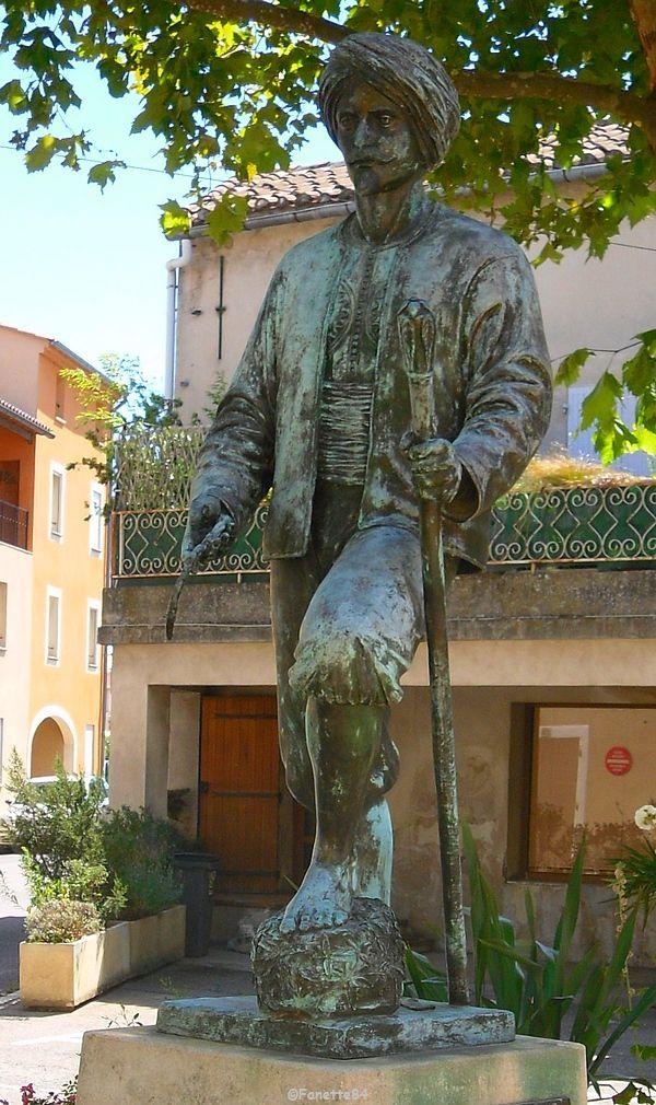 Statue Jean Althen à Althen les Paluds