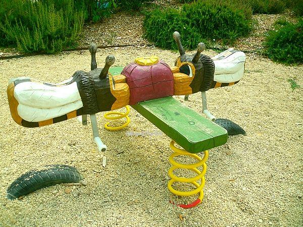 Balançoire dans le jardin de l'Auzon à Mazan