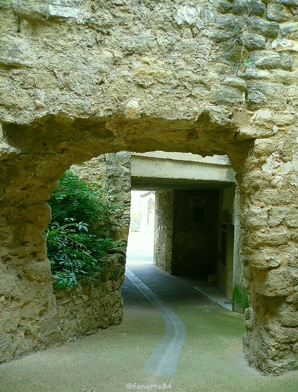Soustet à Malemort Du Comtat