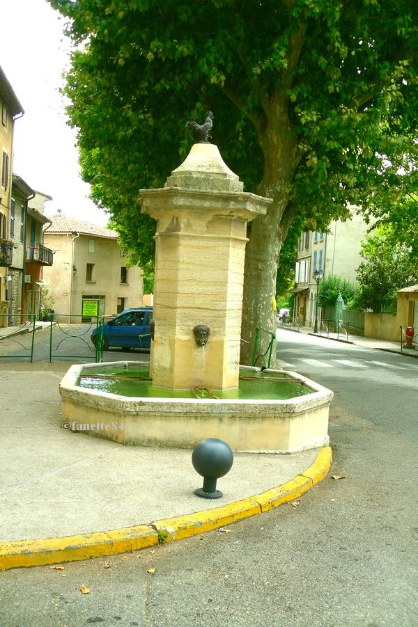 Fontaine à Mormoiron