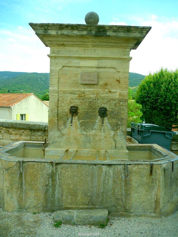 Fontaine à Méthamis